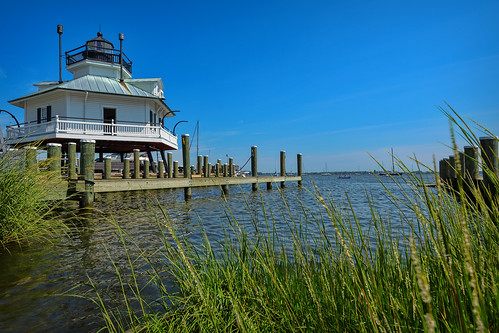 lighthouse landscape bay dock maryland stmichaels hooperstraitlighthouse chesapeakebaymaritimemuseum insiteimage
