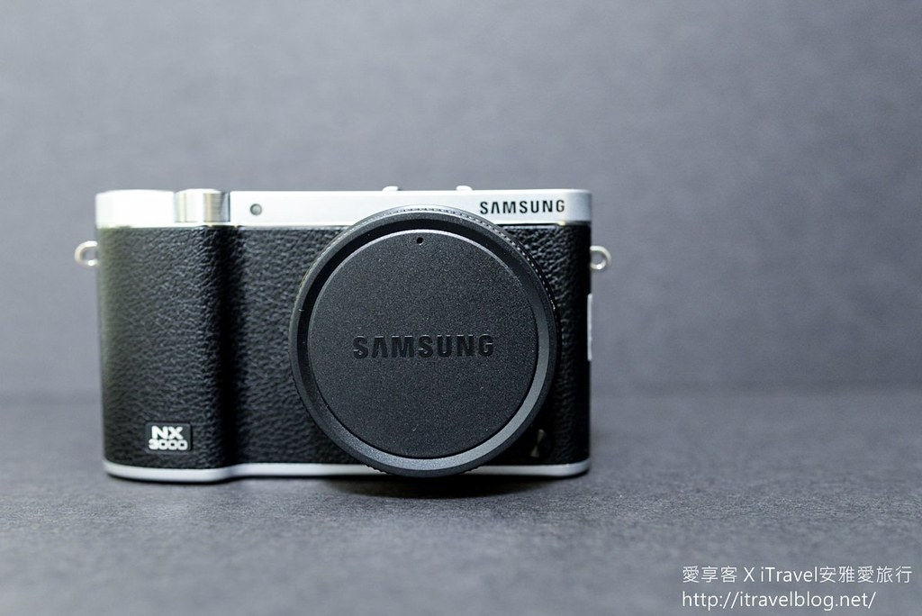 Samsung NX3000 01