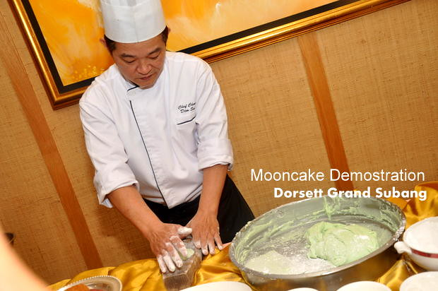 Dorsett Grand Subang Mooncakes 2