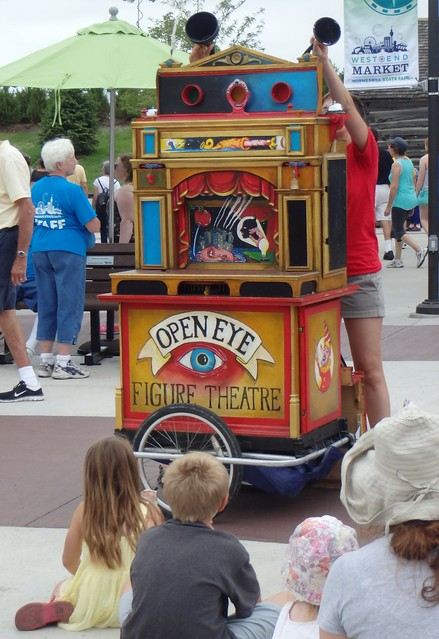pop-up puppet show