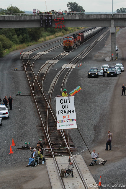 Oil Train Halted by Tripod Blockade Action- Rising Tide            Seattle