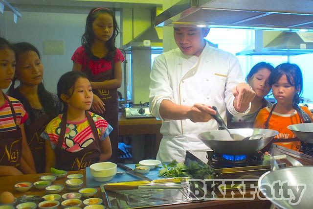 courageous kitchen visits naj thai cooking school