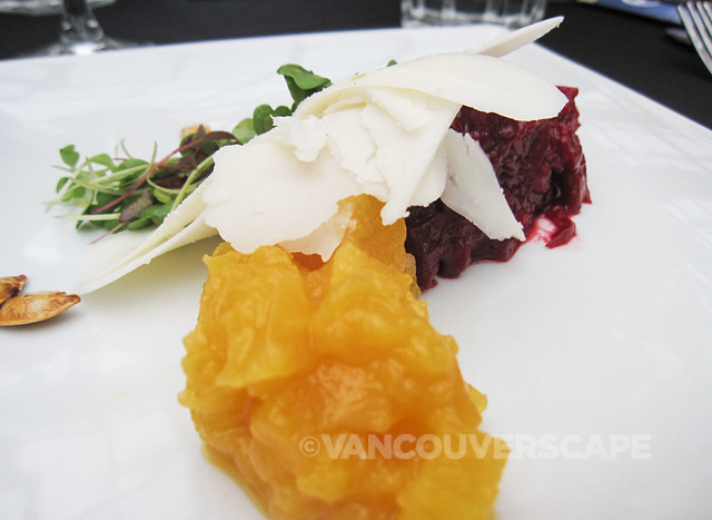 Tomme goat cheese, duo of beets