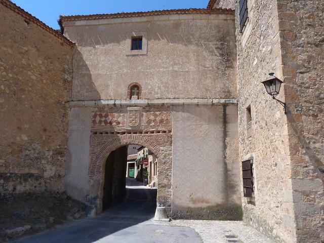 Puerta de la Villa (Pedraza, Segovia)
