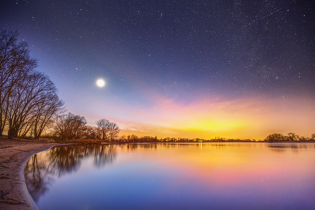 Starry sky over the river Elbe