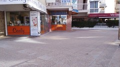 local comercial situado en segunda línea de playa de levante, ideal para cualquier negocio.  En su inmobiliaria Asegil en Benidorm le ayudaremos sin compromiso. www.inmobiliariabenidorm.com