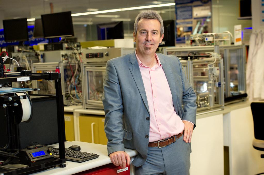 Prof Dietmar W Hutmacher