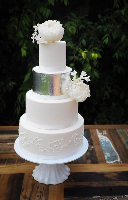 Cake by Sallys Cakes & Cupcakes
