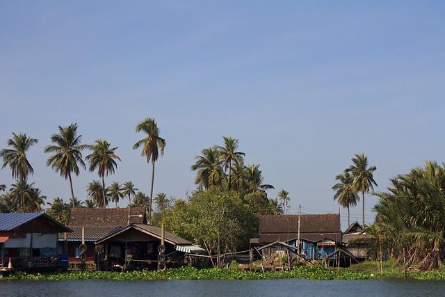 Nakhon Chai Si River