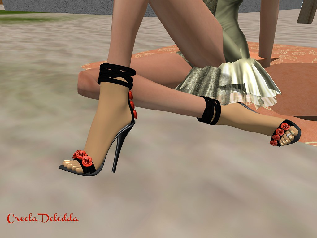 Cero Style Red Rose Heels