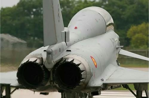 """AionSur 14384862124_16a1d65f87_d El coronel de la Base de Morón asegura """"tajantemente"""" al alcalde que no hay peligro para la población Sin categoría  Avión estrellado base aérea Morón"""