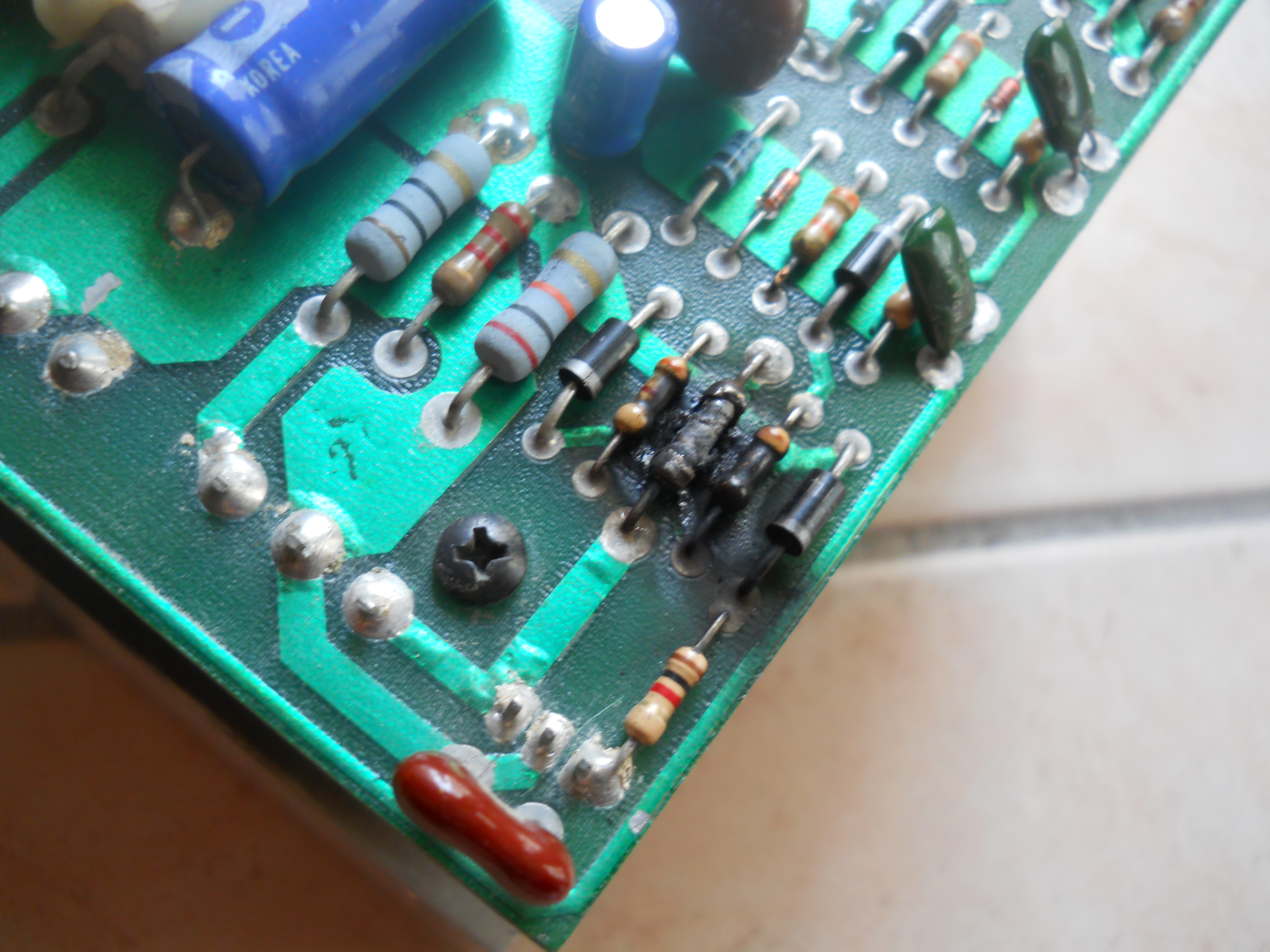 Crest 8001 da riparare 14397973821_a773231262_o_d
