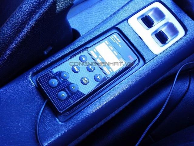 Bộ phát nhạc qua sóng FM trên ôtô cao cấp đa dụng chính hãng IBuffalo Nhật Bản