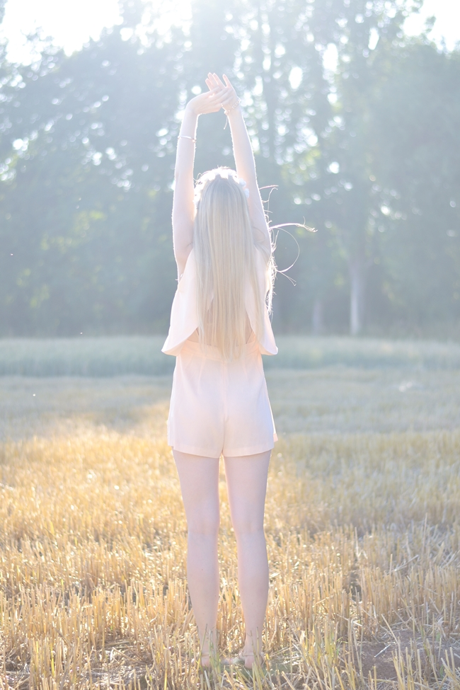 Romantic nude (6)