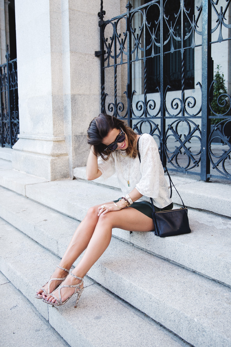Snake_Sandals-Green_Skirt-Lace_Top-Outfit-Street_Style-13