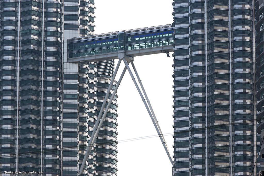 Skybridge Petronas XOKA0229bs