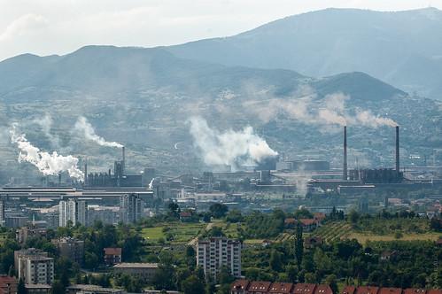 green industry landscape nikon gloomy d70 bosnia pollution vs residential telephotolens zenica steelfactory 2013