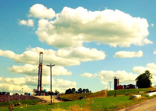 Farm & Gas Drilling Rig