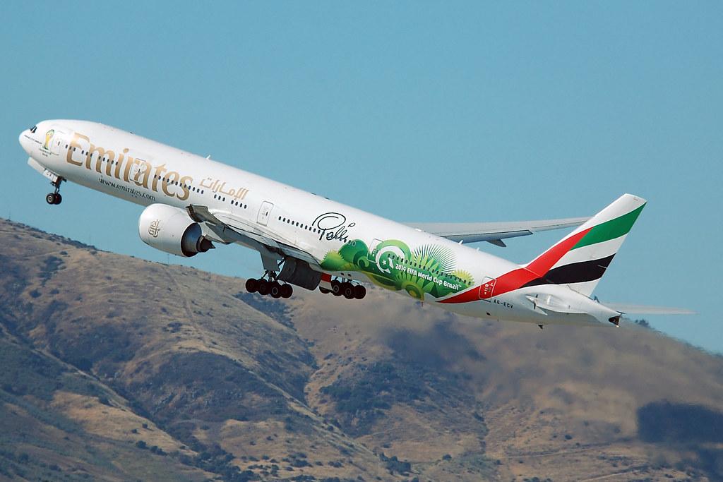 A6-ECV - B77W - Emirates