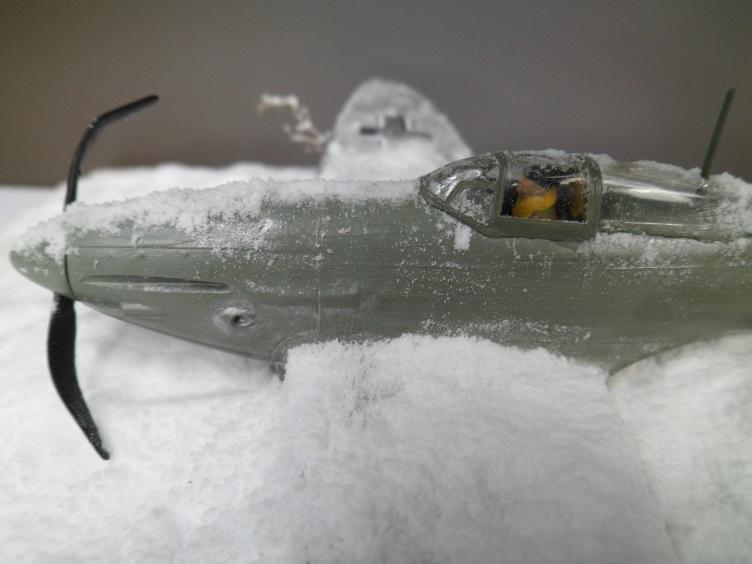 La Dame de la neige [Heinkel 112 B Heller 1/72] 14676918331_b4ef804698_o