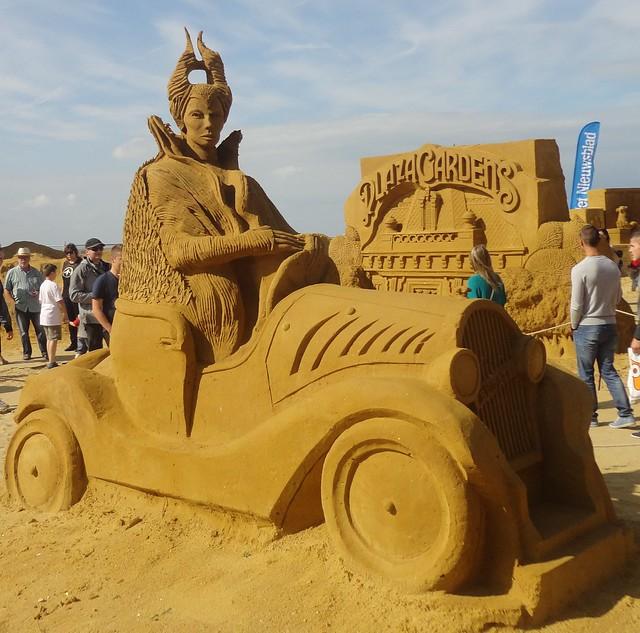 Sculpures sur sable Disney - News Touquet p.1 ! 14770295460_f19b2a7d74_z