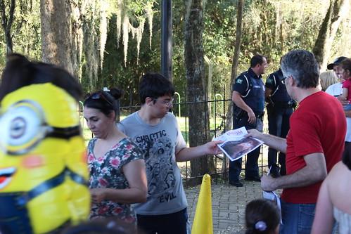 """Sismuc realizou """"panfletaço"""" domingo contra privatização do Zoológico"""