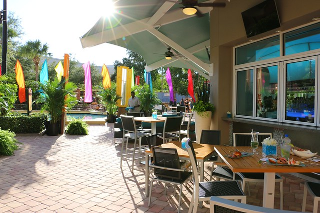 Harry's Poolside Bar and Grill at Rosen Centre Hotel Orlando