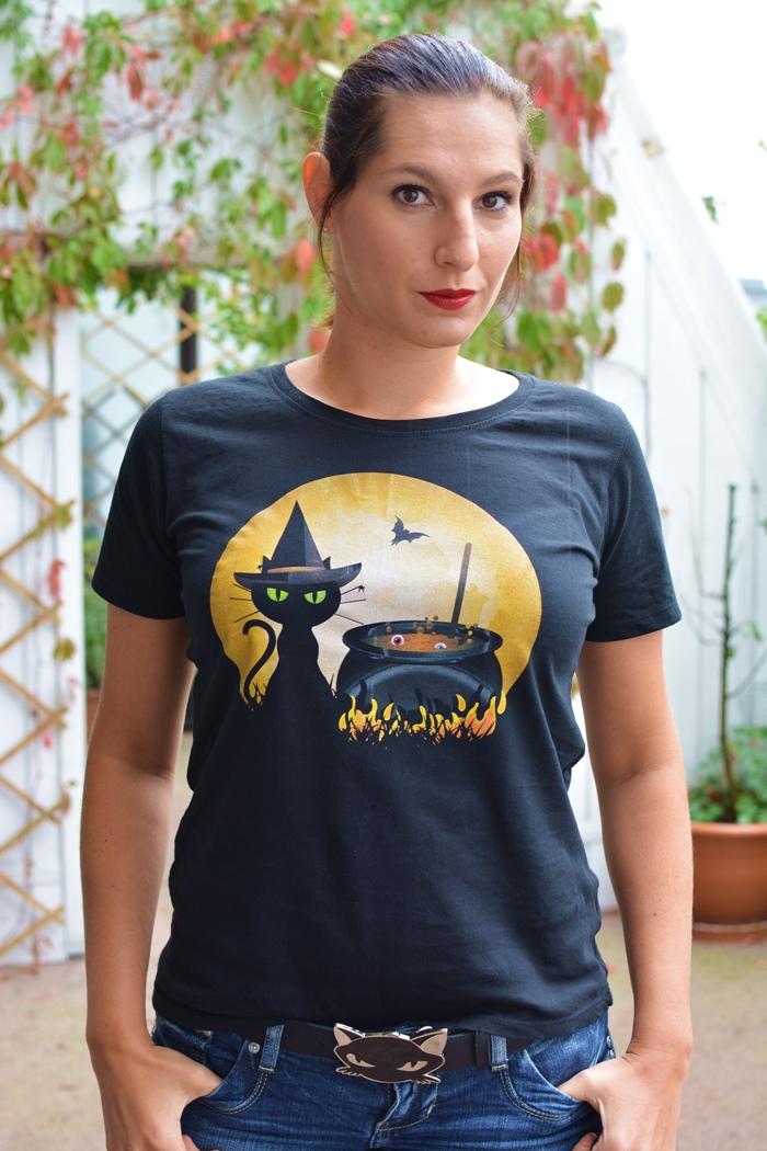 Likoli_T-Shirt_Halloween_Cooking_Cat_03