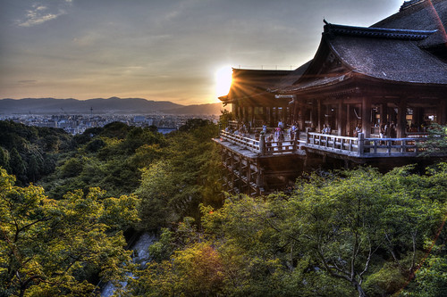 sunset sky orange japan kyoto september 京都 夕陽 日本 太陽 清水寺 kiyomizu kiyomizudera 夕焼け 日の入り 9月