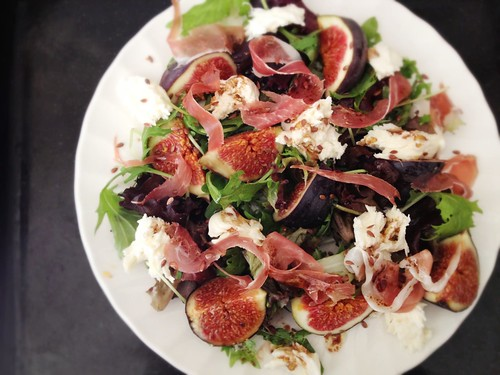 rocket, fig, proscuitto, mozzarella salad with linseed vinaigrette