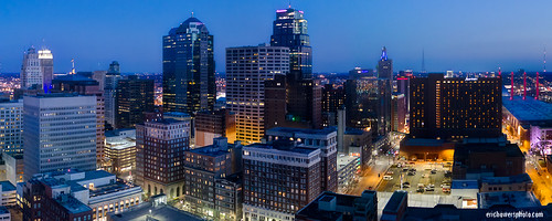 aerial builtstructure cityscape downtown downtowndistrict dronephoto dusk evening highrises horizontal kansascity missouri panorama skyline sunset uavaerial unitedstates us