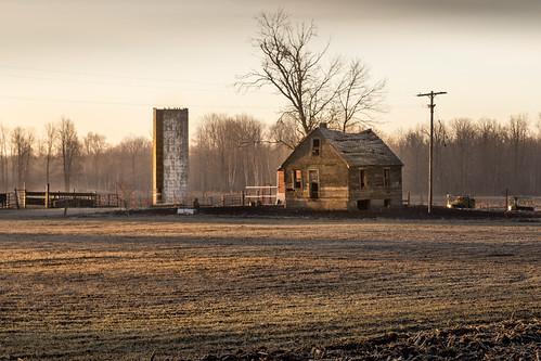 barn house shell midmichigan michigan field hay sunrise canoneos5dmarkiv rotten falling broken