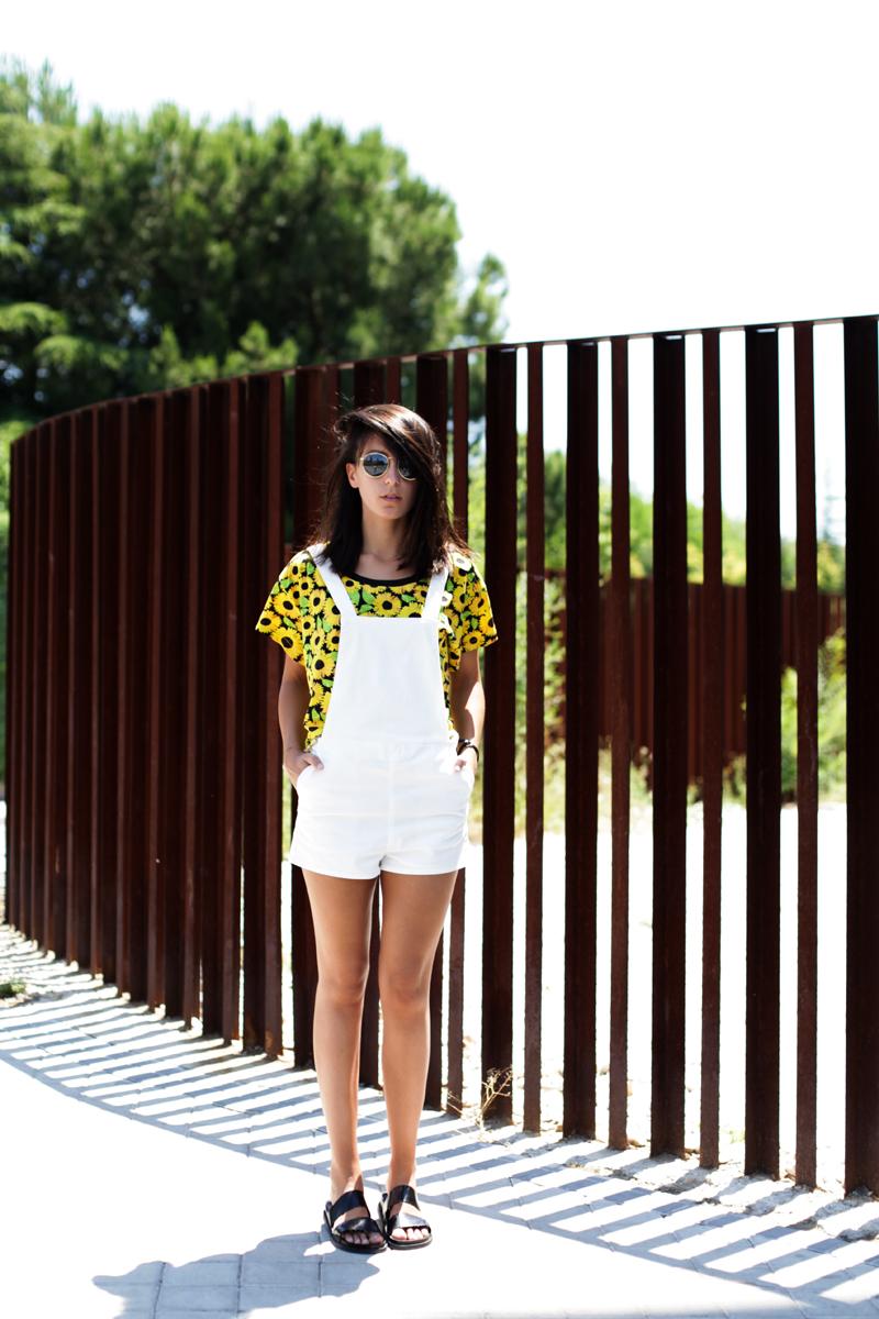 shirt-sunflowers-dungarees-white-h&m-002