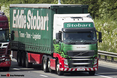 Volvo FH 6x2 Tractor with 3 Axle Curtainside Trailer - PX11 CFM - H4753 - Verity Lauren - Eddie Stobart - M1 J10 Luton - Steven Gray - IMG_5573