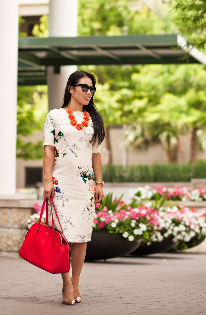 cute & little blog | petite fashion | white butterfly print dress, floral bib statement necklace, kate spade gold pumps, kate spade red bag