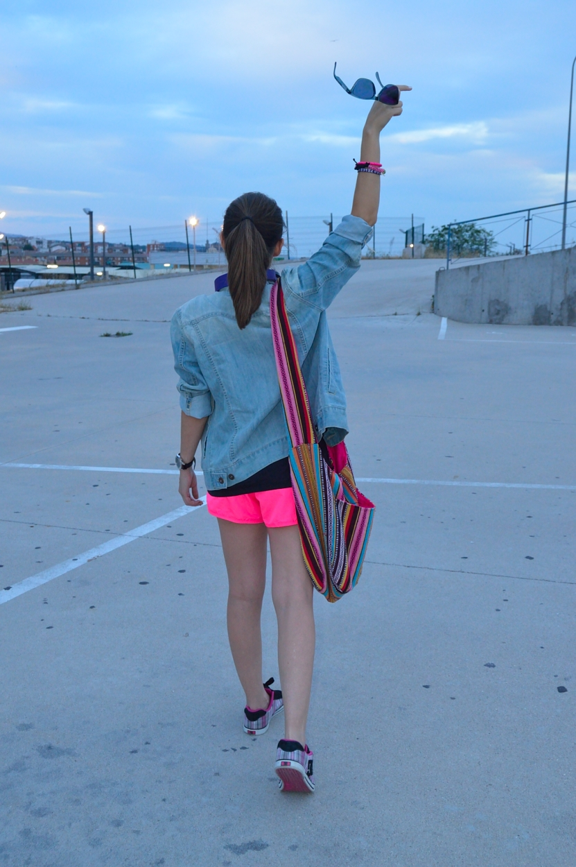 lara-vazquez-madlula-blog-fashion-pink-power-skater-sporty-look