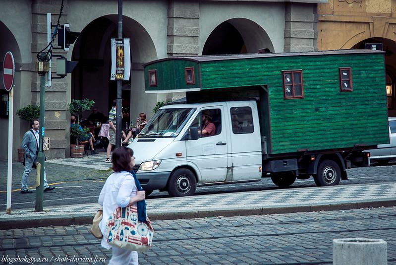 Praha-140
