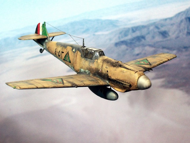 1:72 Messerschmitt Bf 109 E-7/trop.; Iraqi Air Force (القوة الجوية العراقية; Al Quwwa al Jawwiya al Iraqiya) aircraft '٤٠٥٣ (4053)', part of German Luftwaffe's 'Fliegerführer Irak'/'Sonderkommando Junck'; Mosul (Iraq), May 1941 (Whif - Hobby Boss kit)