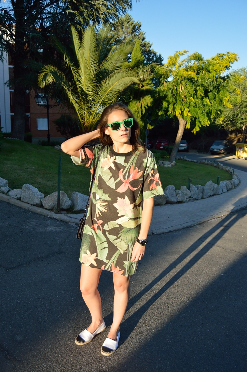 lara-vazquez-madlula-blog-look-fashion-trends-summer-dress-tropic