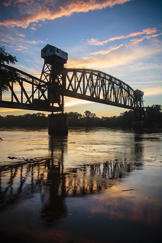 "bridge ""Katy Bridge"" ""railroad bridge"" ""rail bridge"" ""Boonville Missouri"" boonville ""Missouri River"" water sky clouds sunset ""warm light"" July 2014 Summer Notley ""Notley Hawkins"" 10thavenue ""cooper county"" river rivière río reflection reflexión Reflexion odraz eftertanke missouri http://www.notleyhawkins.com/ ""Missouri Photography"" ""Notley Hawkins Photography"" ""Rural Photography"""