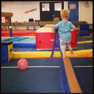 Boy on beam. #playgym #phoenixgymnastics #peterborough @phoenixgymclub