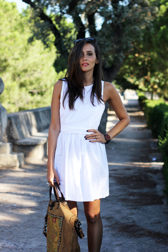 white dress coohuco 8