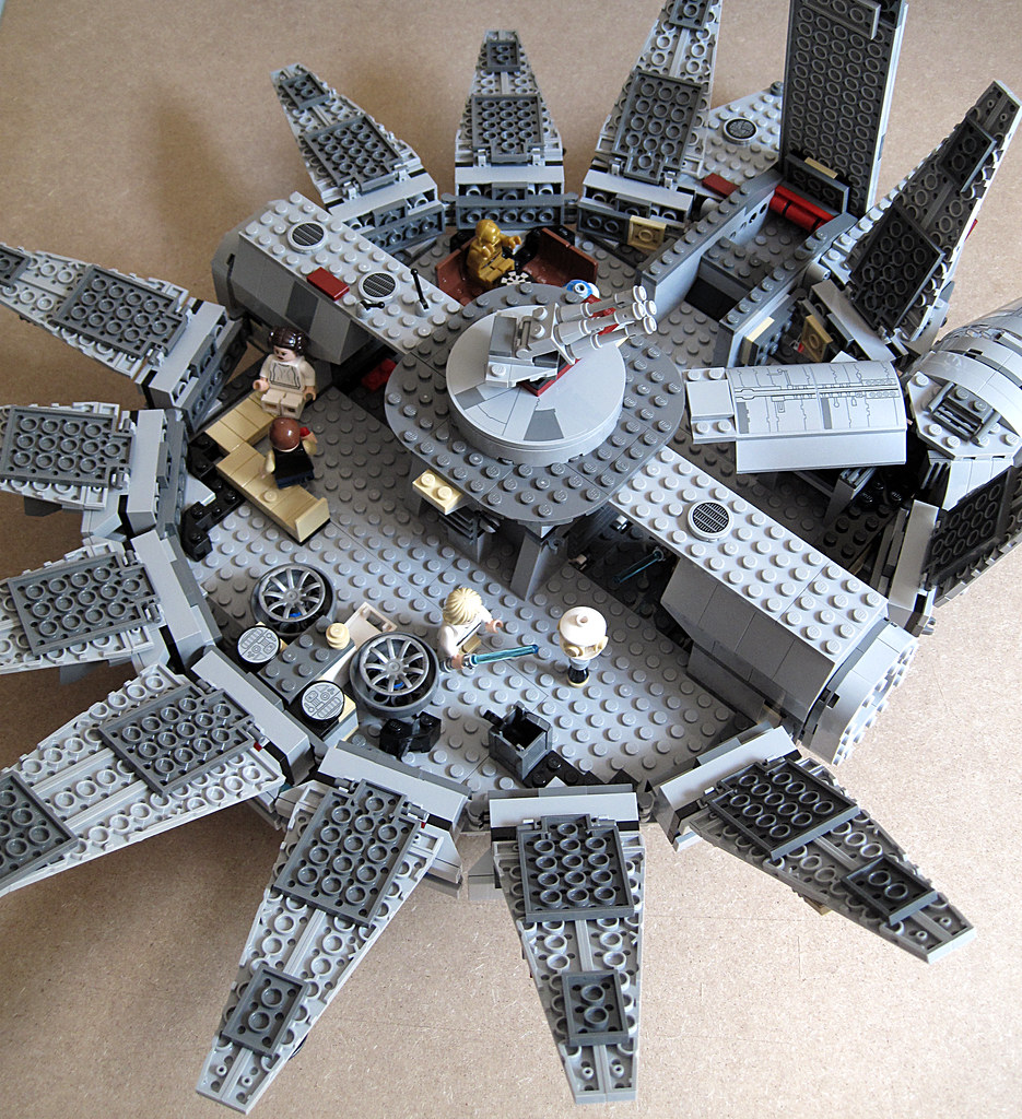 my Millennium Falcon 7965 14847868787_f6d1313d6a_b