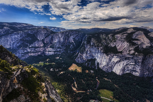 The Stunning View from Glacier Point