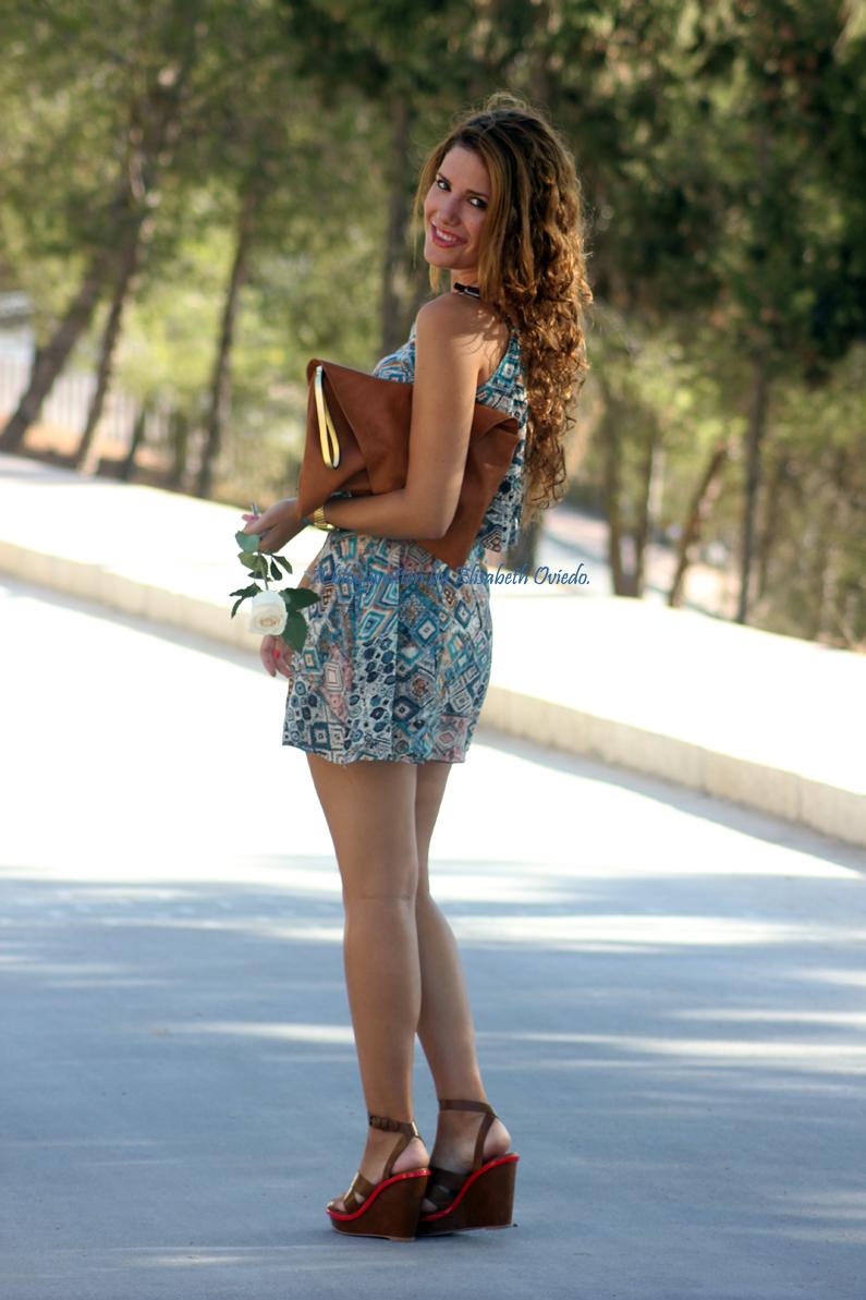 vestido-étnico-oasap-y-cuñas-marrones-zara-HEELSANDROSES-(5)