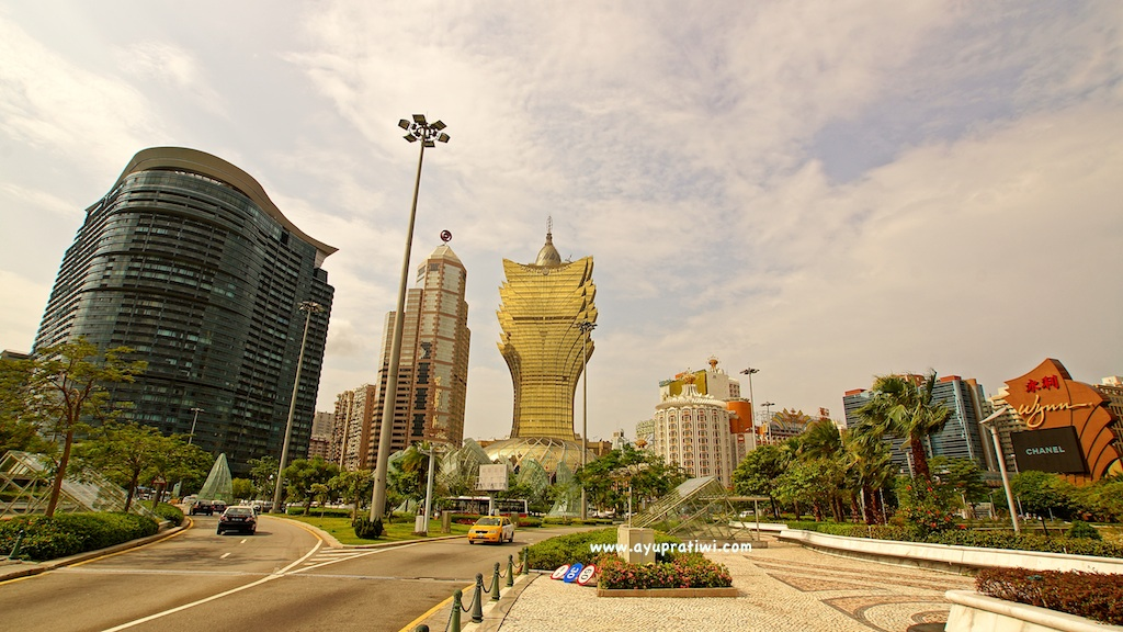 Bright-Macau-3