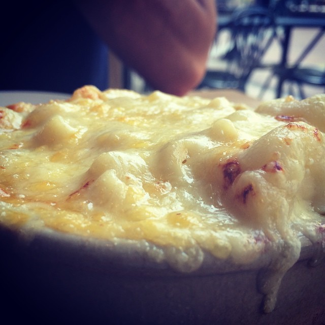 @tomskitchens macaroni cheese, perfect Sunday food.