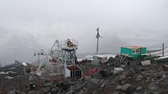 Wyciag krzeselkowy Garabashi , górna stacja, Elbrus