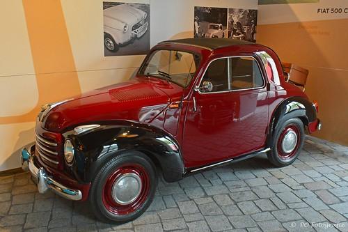fiat italian car topolino mouse cabrio turijn open cabriolet auto wagen micro mini peter oort fotografie european red