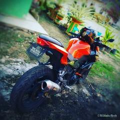 The Rule Streets... #z250malaysia #kawasaki #kawasakimalaysia #kawasakimotors #z250 #z300 #z800 #z1000  #motorbesar #superbike #sportbike #bikers  #riders #Akrapovic #titanium #akra #slipon #exhaust #akzos #ridakstech